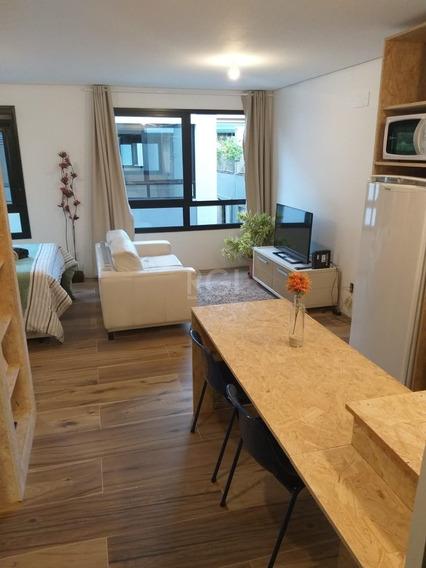 Apartamento Em Menino Deus Com 1 Dormitório - Ca3000