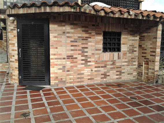 Townhouse En Venta 19-18310 Lv- 04142596658