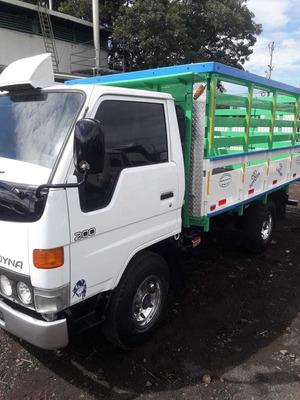 Ganga - Exelente Toyota Dyna Como Nuevo / Precio Negociable