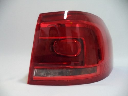 Lanterna Traseira L/d Spacefox Ref: 5z9945096e