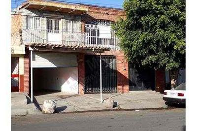 Casa En Venta Cerca De Periférico Para Fines Comerciales O Con Locales