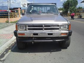 Toyota Hilux 1988 4x4 Cabina Y Cuarta