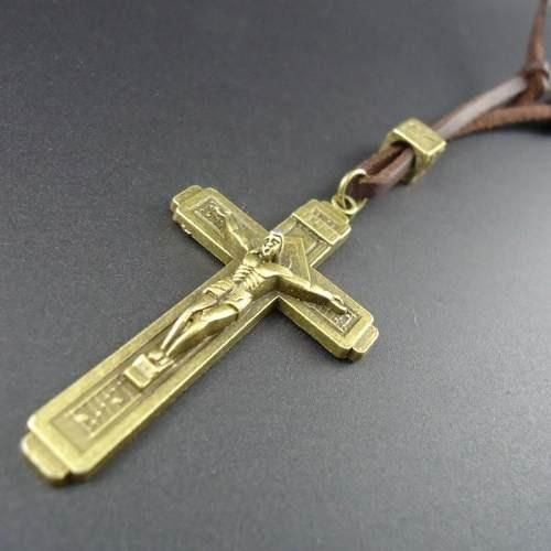 Cordão Masculino Couro Ajustável Crucifixo Dourado Pulseira