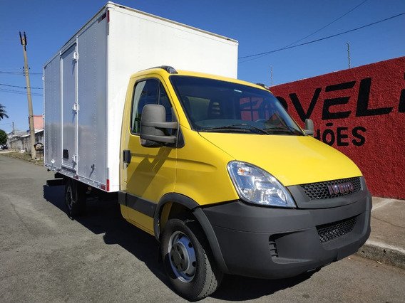 Iveco Daily 35s14 Ano 2014 Baú Covelp Americana