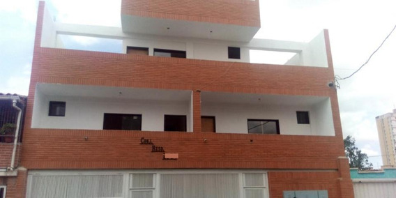 Apartamento En Venta En Centro, Lara