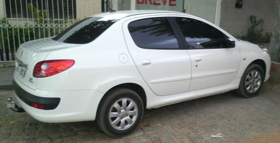 Peugeot 207 Passion 1.4 Xr, 8v, Flex, 4p, Completo - 2011