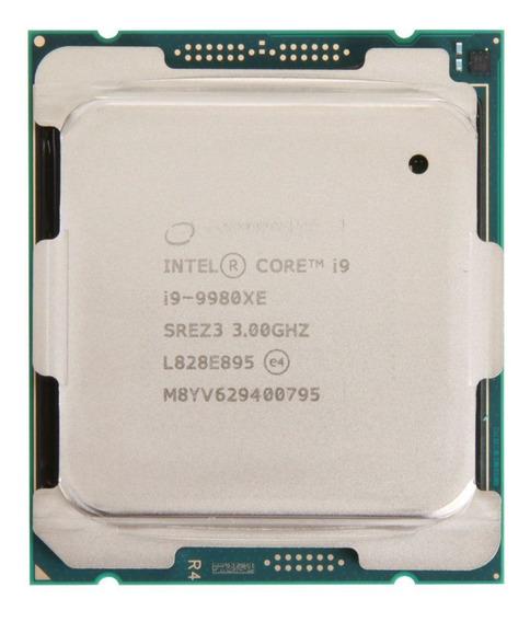 Processador Intel Core i9-9980XE BX80673I99980X 18 núcleos 128 GB