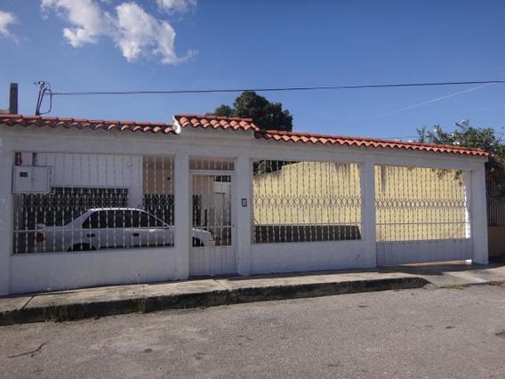 Tito Reyes Vende Espectacular Casa