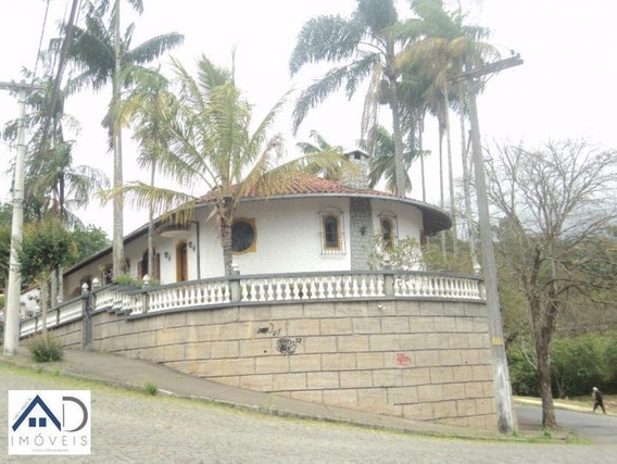Casa Para Venda Em Nova Friburgo, Cônego, 3 Dormitórios, 1 Suíte, 2 Banheiros, 2 Vagas - 012_2-143121