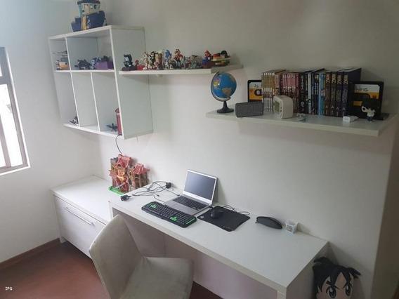 Apartamento Para Venda Em Ponta Grossa, Centro, 3 Dormitórios, 1 Suíte, 3 Banheiros, 1 Vaga - Apt001