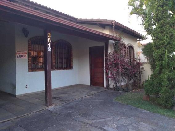 Planalto. Casa 3 Quartos Com Suíte. Lote 360m² Com Quintal. - 2606