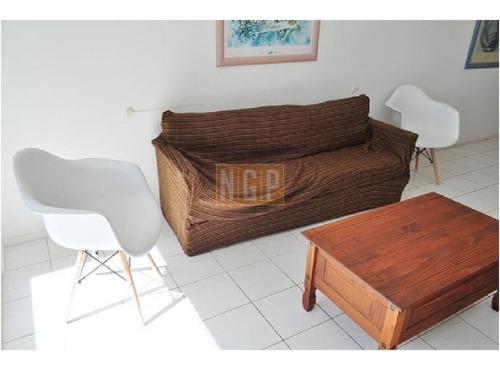 Apartamento Con Todos Los Servicios Buena Rentabilidad- Ref: 18257