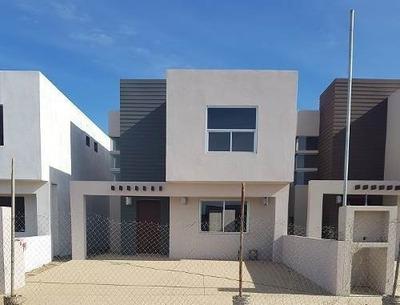 Se Vende Bonita Casa 3 Recamaras $100,000 Dlls Col. Aeropuerto
