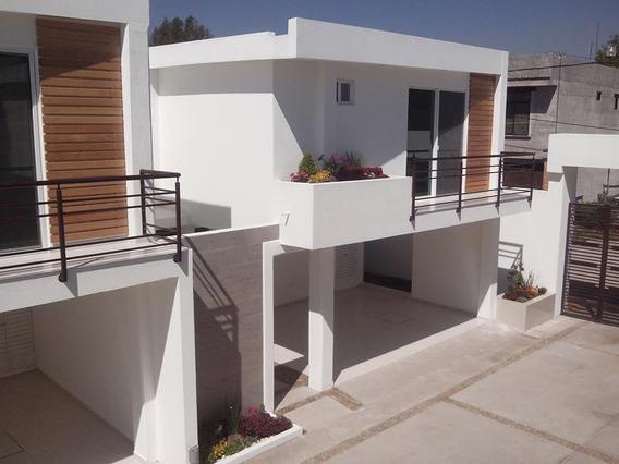 Amplia Casa En Renta Con Excelente Ubicación