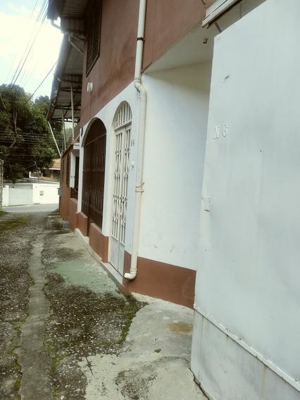 Angélica De Grupo Inmobiliarias Rios Alquila En El Castaño