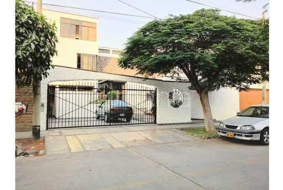 Vendo Casa En Jr.los Civiles Urb.ingenieros La Molina