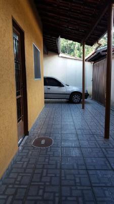 Casa Com 3 Quartos Para Comprar No Jardim Philadélphia Em Poços De Caldas/mg - 2482