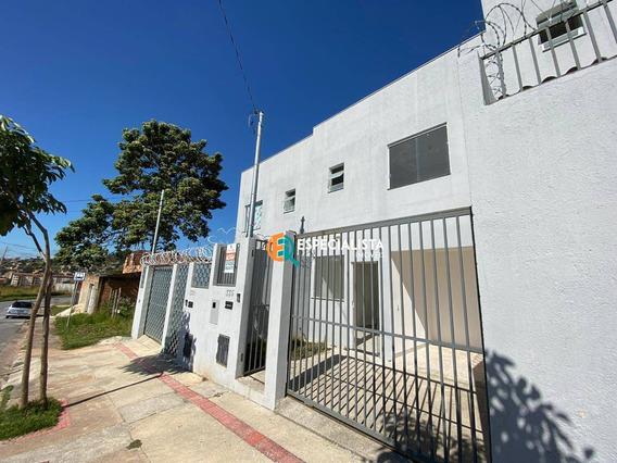 Casa 2 Quartos, Aluguel, R$1.000 - Jardim Vitória - Bh - Ca0210
