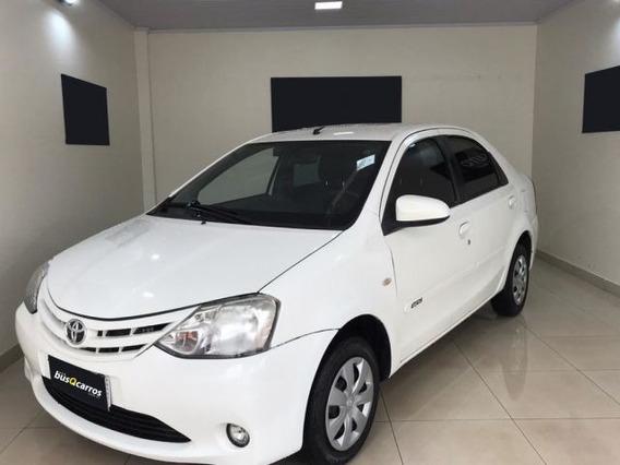Toyota Etios Sedan Xs-mt 1.5 16v Flex