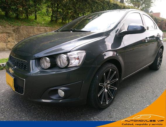 Chevrolet Sonic Lt Motor 1.6 2014 Gris 4 Puertas