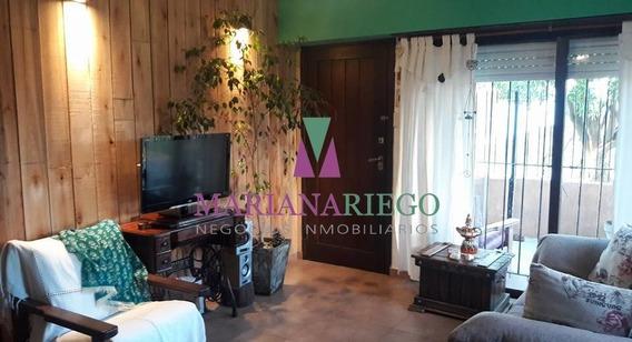 Chalet 4 Ambientes Con Parque Con Quincho Y Pileta. Miramar