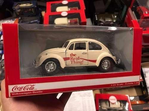 Motor City - Coca Cola - Vw Beelte - Escala 1:24 - Beige