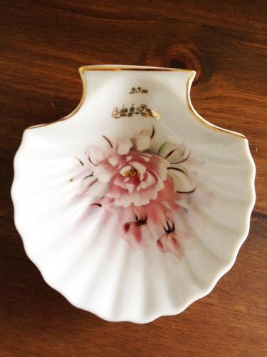 Imagem 1 de 2 de Petisqueira Concha Bodas De Porcelana, 20 Anos De Casamento