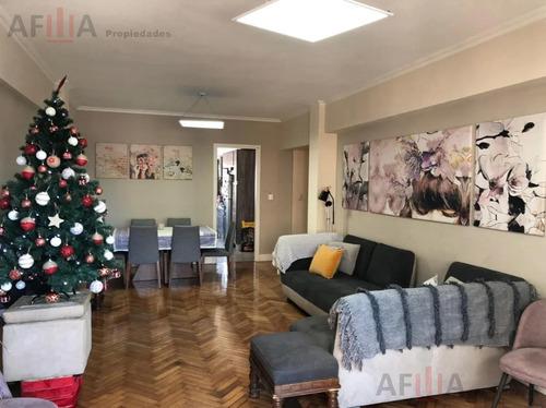 Alquiler Departamento 3 Dormitorios Av Libertador Vista- Centro (montevideo)