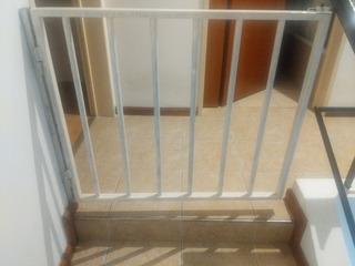 Puerta Preteccion Hierro Baja Escalera.
