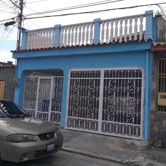 Bella Casa En Venta En Chivacoa Yaracuy #20-1917
