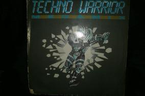 Maxi Vinilo Old School Megamix Techno Deejays United