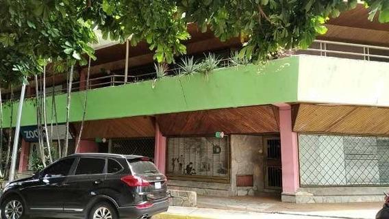 Inmobiliaria Maggi Alquila Local Comercial En Av. Bolivar -