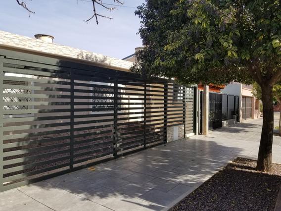 Hermosa Propiedad A Re Estrenar 3 Dormitorios, Baño, Cochera