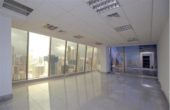 Oficina Esquinera En P.h Twist Tower (id 12060)
