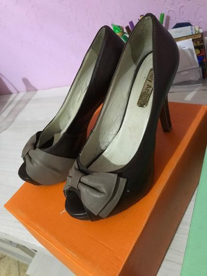 Sapato Marrom Laço