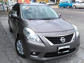 Nissan Versa 1.6 Advance At Sedán 2014