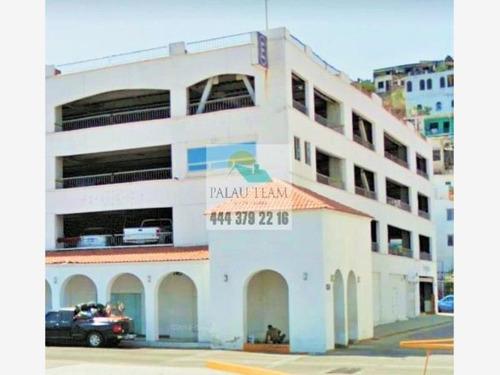 Imagen 1 de 12 de Local Comercial En Renta Manzanillo Centro
