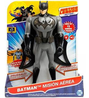 Batman Mattel Muñeco 30 Cm Mision Aerea Alas Luz Y Sonido