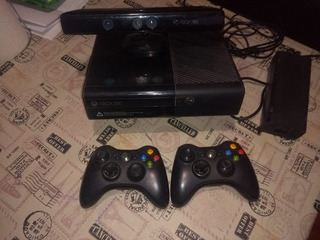 Xbox 360 + 2 Controles + Kinetic