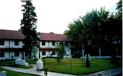 Casa En Barrio Cerrado, 3 Amb, 2 Pisos, Piscina, Quincho