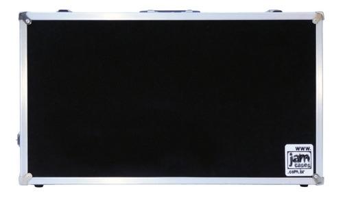 Imagem 1 de 3 de Case Pedal Board Pedais Pedaleira Boss Zoom 50x30x10 Interno
