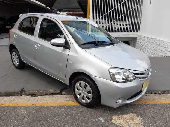 Toyota Etios 1.3 2015/2015 Apenas R$32.000