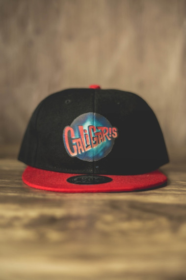 Gorra Negra Con Rojo, Caligaris