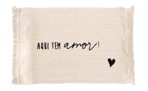 Tapete Aqui Tem Amor 70cm