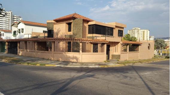 Casa Moderna Nueva Valles De Camoruco 5 Habitaciones 7 Baño