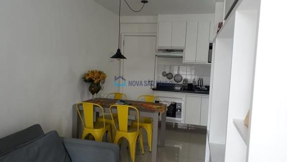 Apartamento Cambuci 36m² Semi Mobiliado Persiana, Largo Do Cambuci, Transporte Público Em Frente. - Bi24399