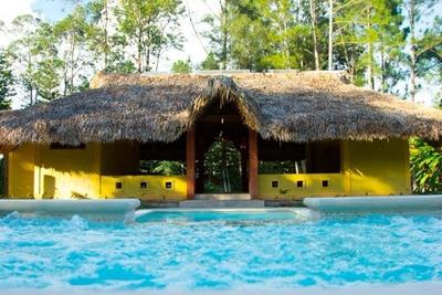 Villa Vacacional Turística Con Piscina En Jarabacoa Rmv-169a