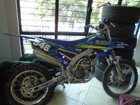 Moto Cross Yamaha 2019 Blaco Con Azul Y Verde