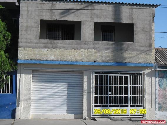 Casas En Venta Cumaná. Calle Mariño Puerto Sucre