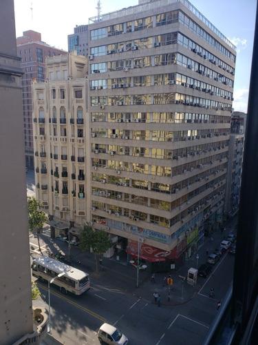 Imagen 1 de 13 de Apartamento Frente,luminoso,piso Alto,todos Los Servicios